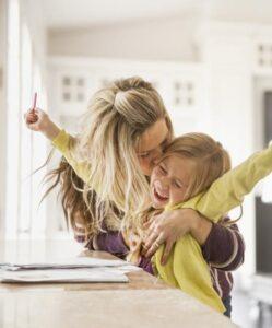 tips-parenting-yang-tepat-untuk-ibu-agar-anak-selalu-bahagia